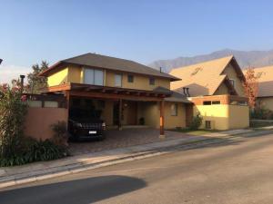 Excelente casa Condominio Casa Grande