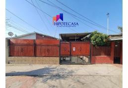 Amplia casa 6 dormitorios y 2 baños en Pedro Aguirre Cerda